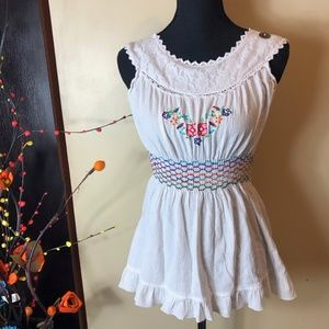 Embroidered Linen Elastic Waist Top White Small